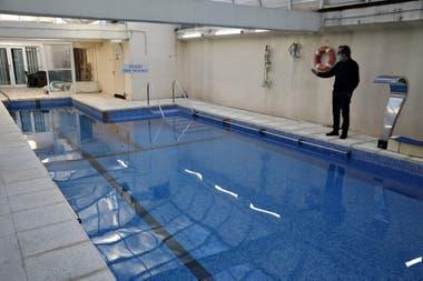 El Centro de Rehabilitación acuática permanece cerrado desde el 20 de marzo; Alejandro Lagasa, su dueño, dice que sus pacientes se están deteriorando