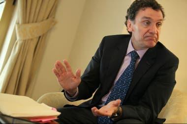 Santiago Cantón fue uno de los elegidos por la OEA para investigar las violaciones en Venezuela