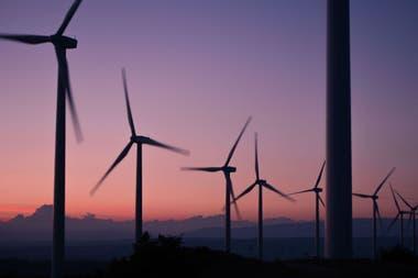 Una planta automotriz de Toyota en Zárate usará energía provista por los molinos eólicos que YPF tiene en la Patagonia