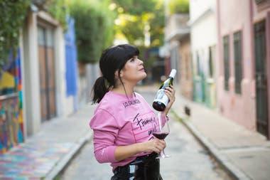 Agustina de Alba tiene como misión acercar el vino de una manera divertida y concreta a los bebedores