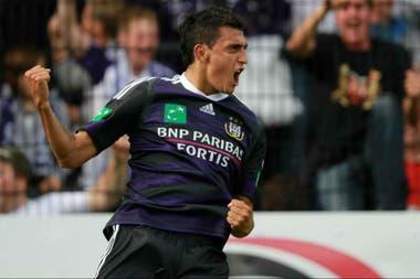 Suárez jugó entre 2008 y 2016 en Anderlecht de Bélgica