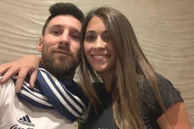 Messi y el afecto de Antonela, su esposa