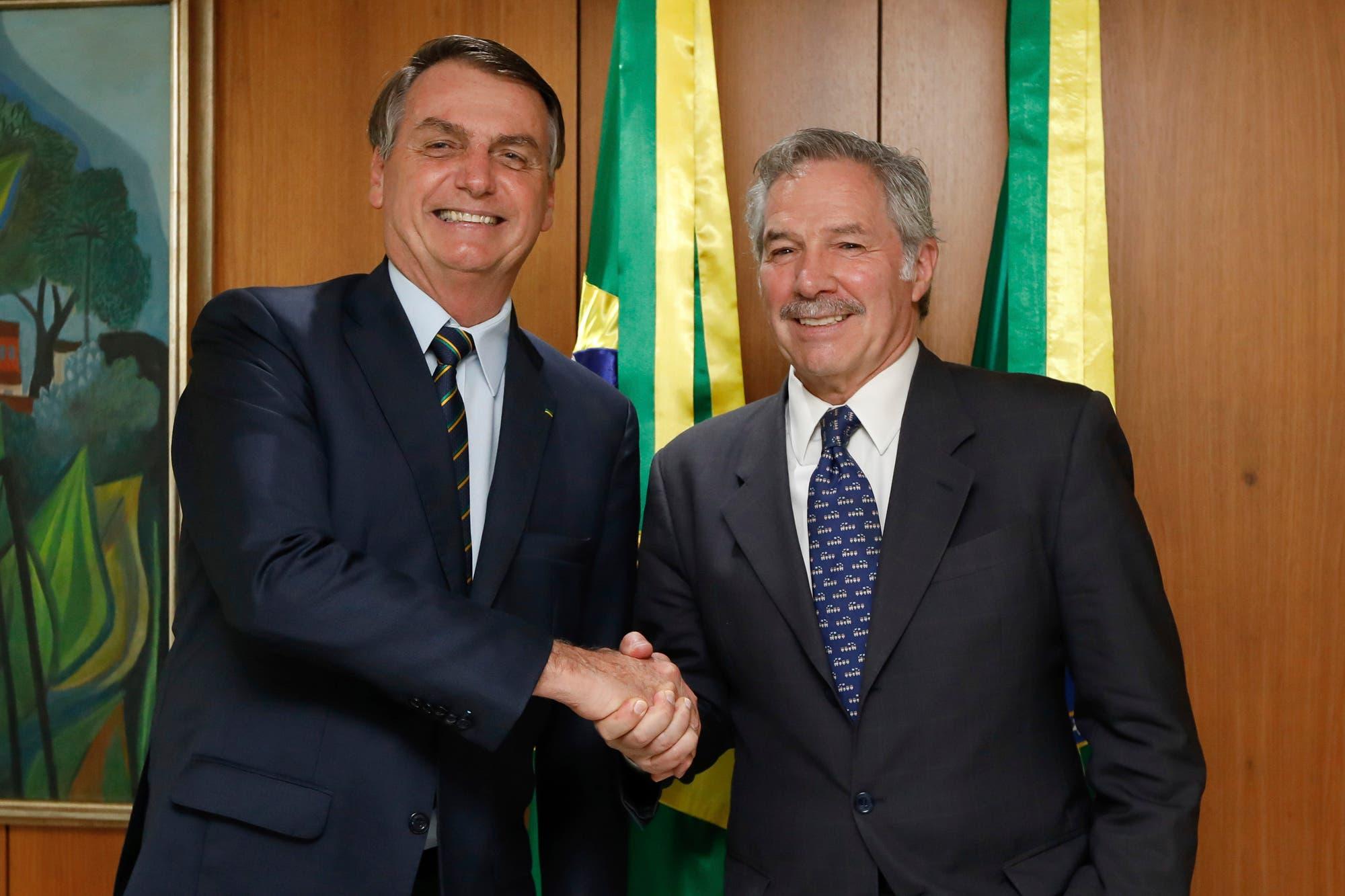 Jair Bolsonaro le propuso a Alberto Fernández reunirse el 1° de marzo en Montevideo