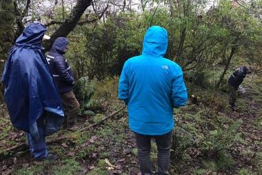 Los peritos encontraron el cuerpo de Luis Espinoza en una zona de monte ubicada en territorio catamarqueño