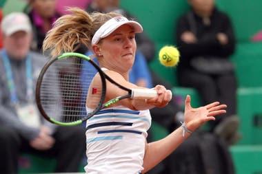 La mejor tenista argentina del ranking, Nadia Podoroska, de 23 años y 131°, avanzó a la segunda ronda de la qualy de Roland Garros.