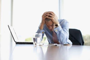 El perfeccionismo parece estar estrechamente vinculado a problemas de salud mental, como la depresión, la ansiedad y los trastornos alimentarios.