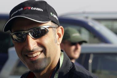 Chanoch Nissany, el padre de Roy, es un millonario que llegó a la Fórmula 1 a los ¡42! años, en 2005.