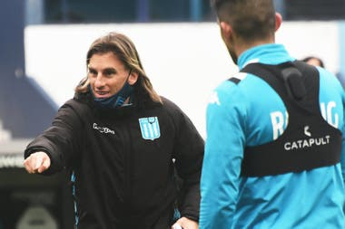 Beccacece, a cargo de un Racing que será local en la vuelta contra Nacional de Uruguay