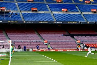 Sergio Ramos le marcó su quinto gol a Barcelona