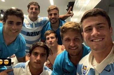 El festejo del plantel de los Pumas en el vestuario tras la hazaña contra Nueva Zelanda