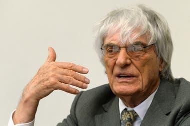 Ecclestone, ex Director Ejecutivo de la Fórmual 1, tiene participación accionaria en el grupo CVC