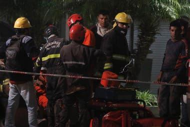 El equipo de rescate todavía trabaja en el lugar; hasta el momento se registraron 3 víctimas fatales