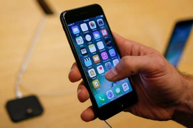 8308c0b5097 El iPhone 7 es el modelo más barato de Apple, a 449 dólares en Estados