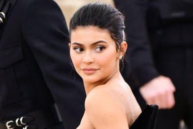 Kylie Jenner, con solo 21 años, es la persona más joven en la lista