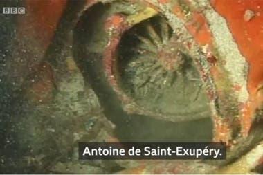 Tuvieron que pasar varios años para que el buzo Luc Vanrell pudiera comprobar que ese era el avión de Antoine de Saint-Exupéry