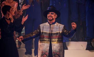 Boy George aportó su magia al show con una performance