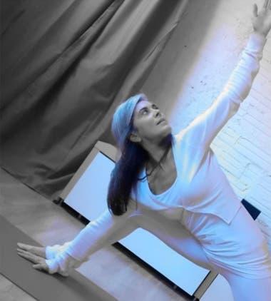 Desde hace dos décadas, las ex actriz y modelo es instructora de yoga en Barcelona