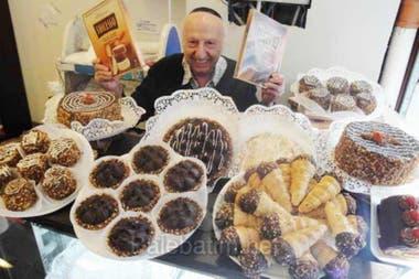 Roberto Yabra, de 85 años, era un especialista en productos kosher