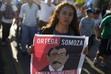 Las protestas masivas estallaron en 2018 contra Ortega, comparándolo con Anastasio Somoza, el dictador que ayudó a derrocar en 1979