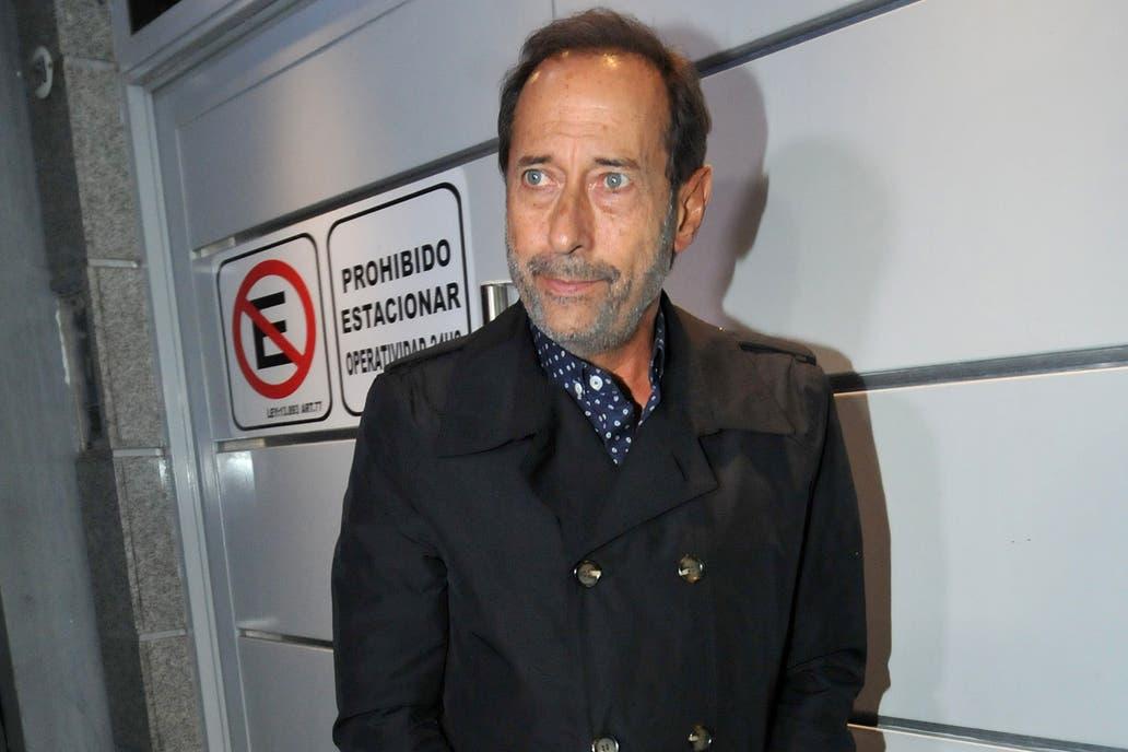 Guillermo Francella, quien trabajó con Disi, también fue a despedirse del cómico anoche