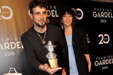 """Dante Spinetta se quedó con el galardón a mejor álbum de rock-pop alternativo por """"El Puñal"""""""