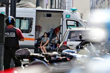 Se incendia un hotel en Avenida Corrientes y Esmeralda