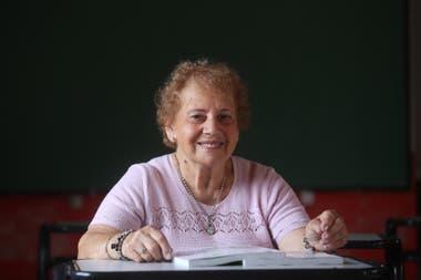 Cosma, 78 años, provincia de Buenos Aires. Para sus padres, el secundario no era necesario en una mujer; hoy tiene su revancha y está por recibirse