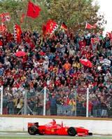 Todo rojo: Schumacher y Ferrari se quedaron con todo en 1998, el último GP corrido en la Argentina
