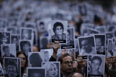 25 Aniversario del atentado a la AMIA