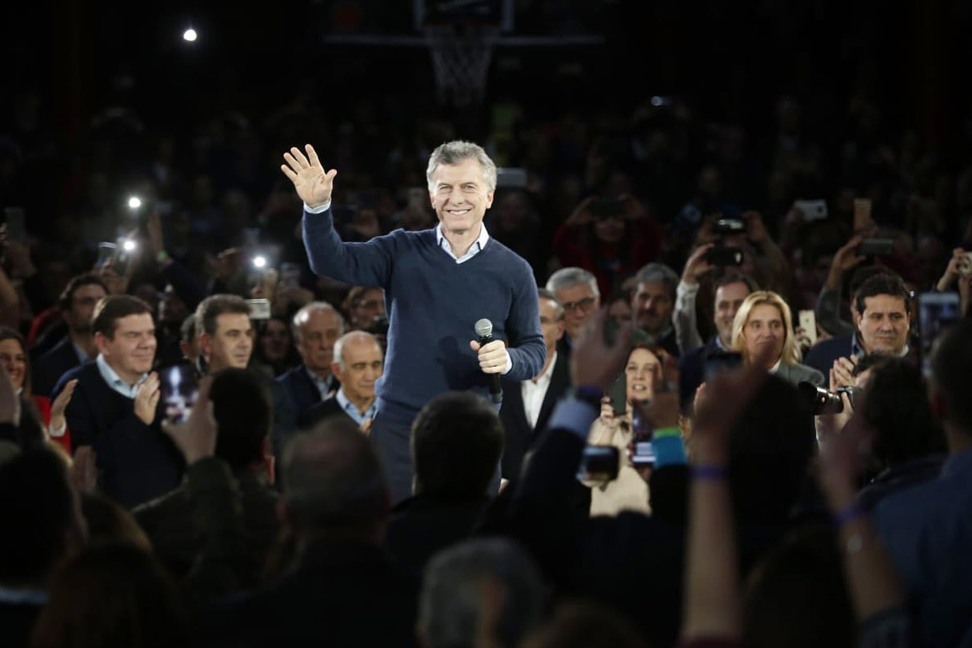 """Macri, contra el kirchnerismo: """"Nosotros no tenemos mil caras"""""""