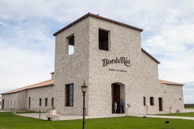 Bodega BordeRío, organiza cenas y degustaciones.