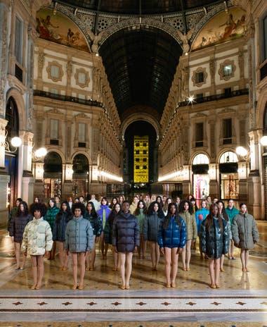Campaña Moncler_House ofGenius en la galería Vittorio Emanuele de Milán