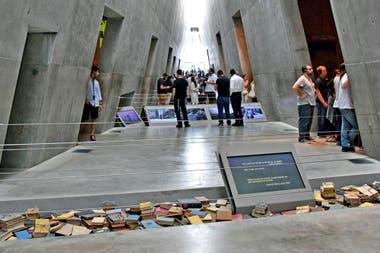 Una de las pautas básicas en el diseño del museo fue crear una ruta para los visitantes: una narrativa que posea inicio, mitad y fin