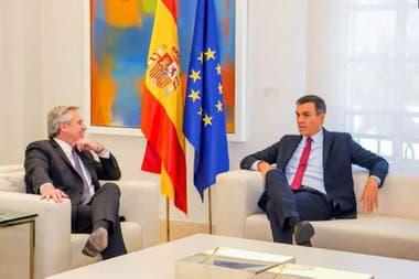 Alberto Fernández se reunió en audiencia privada con Pedro Sánchez en La Moncloa, en septiembre pasado, tras el resultado de las PASO