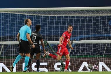 Un festejo de Lewandoski ante Lyon, en las semifinales