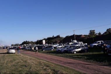 La concentración enfrente de la autopista de la ruta 9, en San Nicolás
