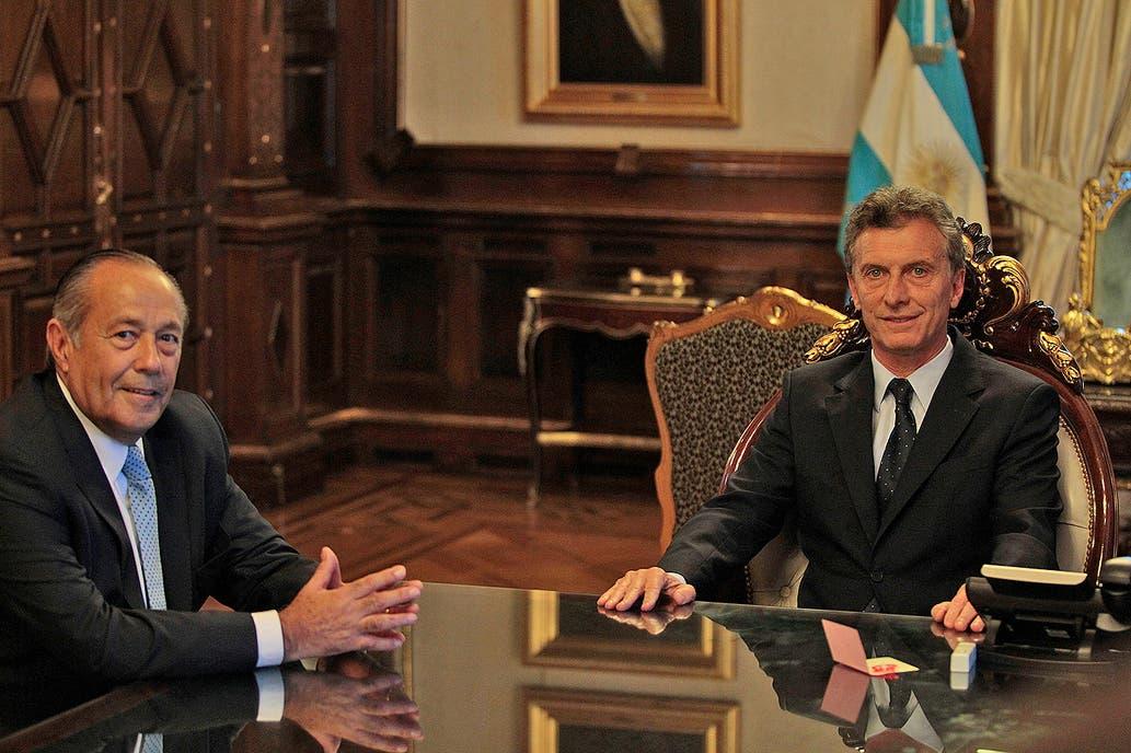 El Presidente recibió al senador puntano, que está distanciado del armado peronista que activó su hermano junto con el kirchnerismo