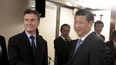 Un informe de la calificadora Moodys estima que en los próximos años la inversión del gigante asiático en América latina se incrementará en US$10.000 millones. En la foto, Mauricio Macri junto a Xi Jinping