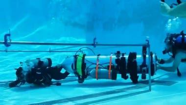 Musk y su equipo fabricaron y llevaron a Tailandia una cápsula submarina, pero los rescatistas la descartaron.