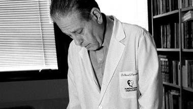 René Favaloro fue uno de los médicos que introdujo esta metodología a su fundación.