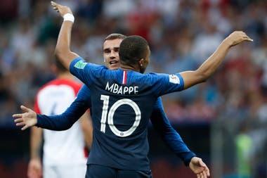 Francia le gana a Croacia en la gran final