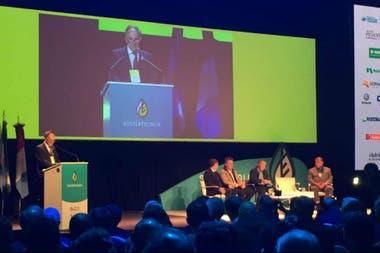 """El presidente de Aapresid, Alejandro Petek, planteó que el tratamiento por semillas viene """"a paso lento"""""""