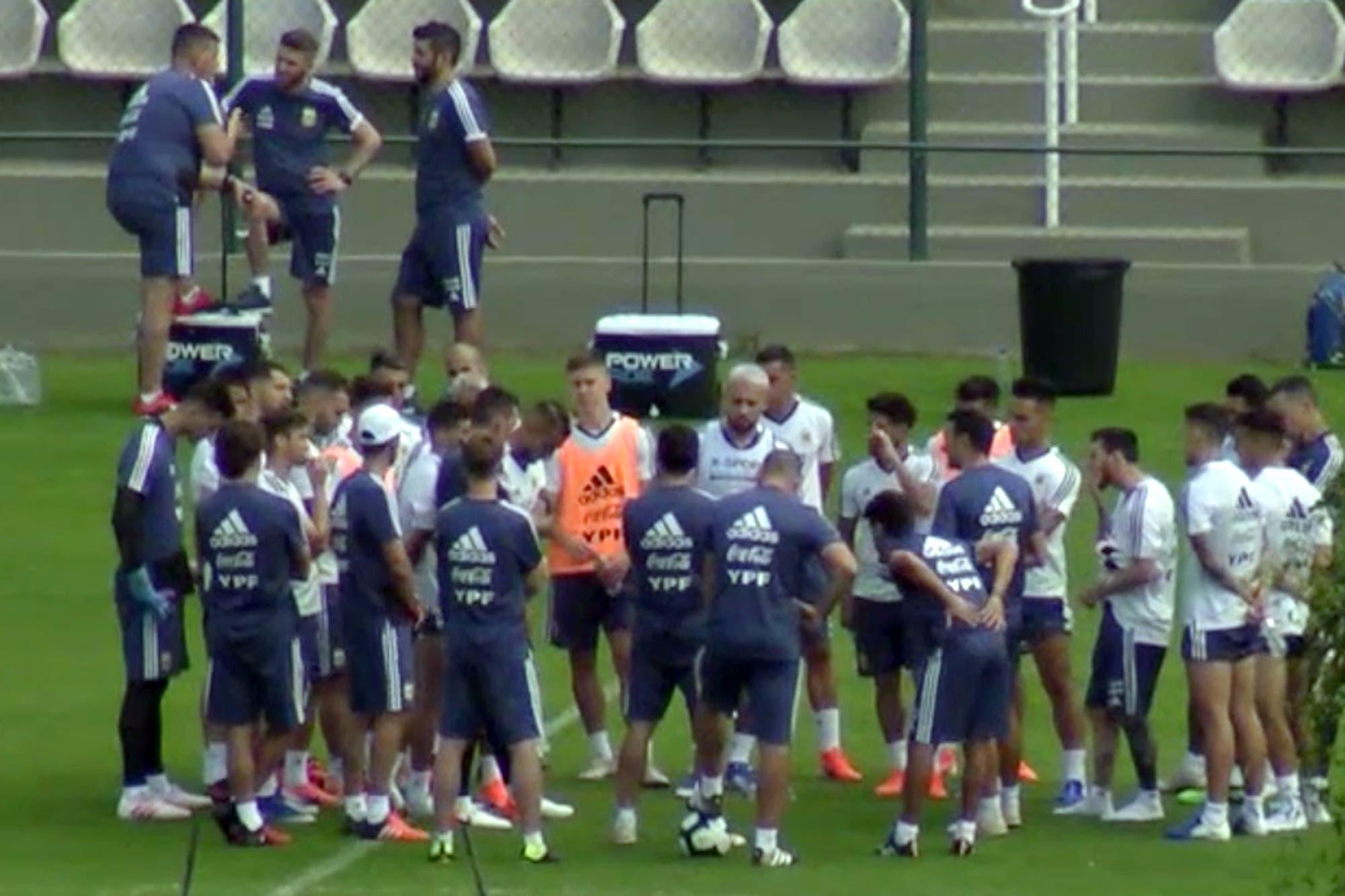 Copa América. La intensa charla de Lionel Scaloni con el plantel previa al choque con Paraguay