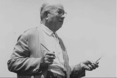 El genetista Enrique Klein en el campo de Plá