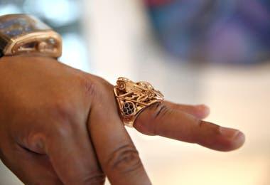 El anillo personalizado del Pagani Zonda