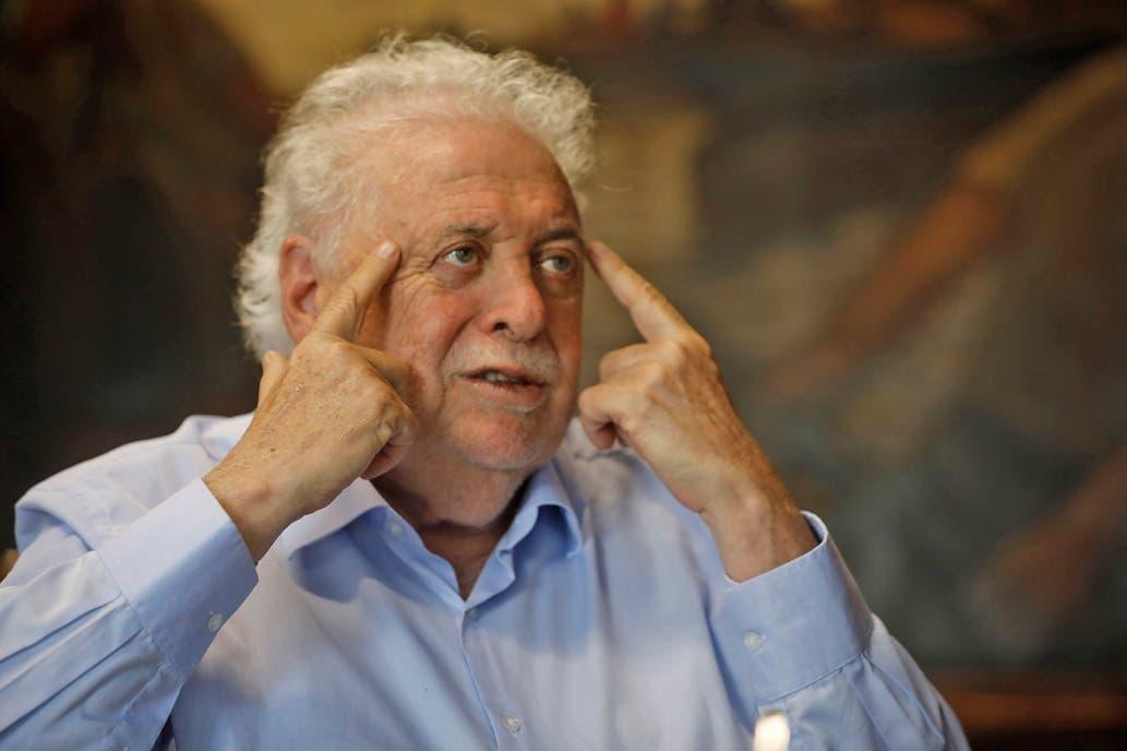 Ginés González García: «Il faudra quelques heures avant que la pandémie de coronavirus ne se déclare.»