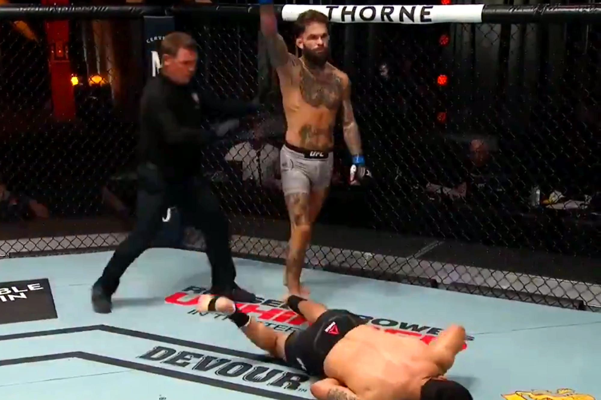 UFC: el mazazo de Garbrandt para noquear al brasileño Assunção en el último segundo
