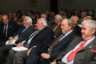 Expresidentes. Gutiérrez, Miguens, de Zavalía, Biolcati y Crotto