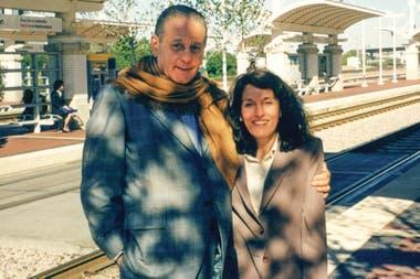 En 1998, viajó a una conferencia en Dallas con su sobrina Liliana, médica, hija de su hermano y presidenta de la Fundación Favaloro