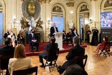 Alberto Fernández presentó el proyecto de reforma judicial y la comisión de juristas